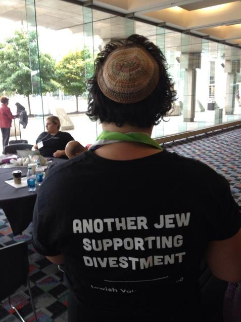 Jewish Voice For Peace actively supports the BDS movement.