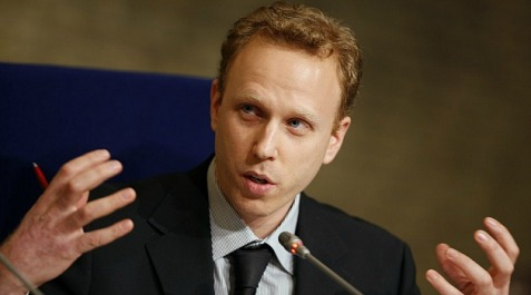 Author Max Blumenthal banned by zion