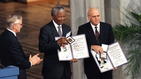 De Klerk and Nelson Mandela receiving the Nobel Peace Price in 1993. (Photo: AFP)