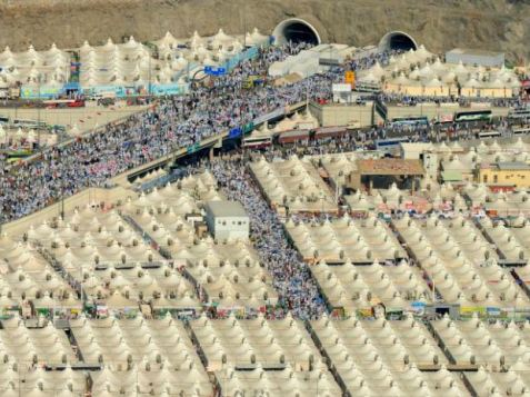 AFP/GettyTent city in Saudi Arabia: air conditioned tents could hold three million refugees.