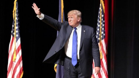 Heil Donald ???