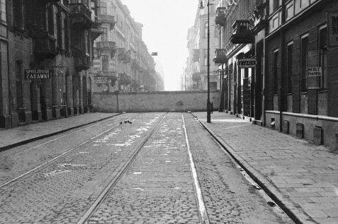 The Warsaw Ghetto in 1940, the year of its construction. The Nazis herded and confined more than 400,000 Jews into a small area of the city.